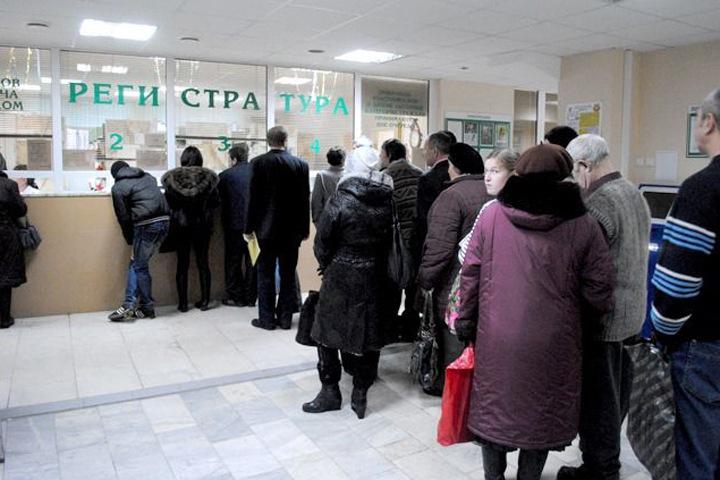 Новосибирские власти пообещали поликлиникам внезапные проверки