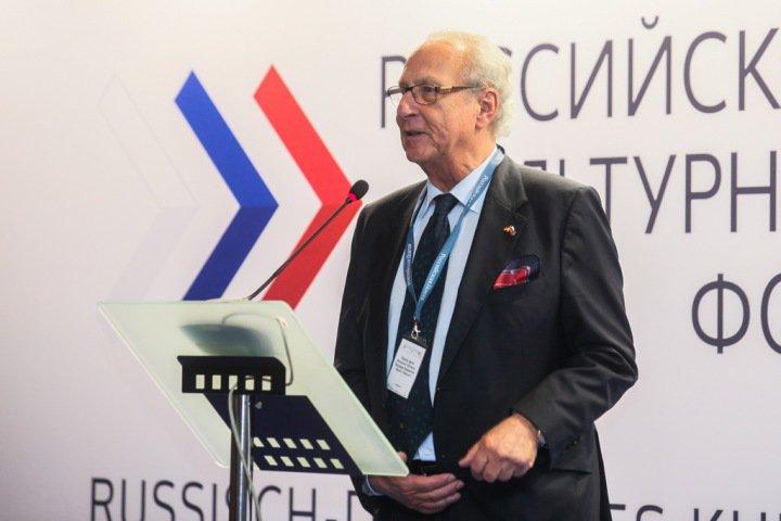 «Русские немцы могут стать нашим связующим звеном». Потомок Екатерины II об отношениях с Европой