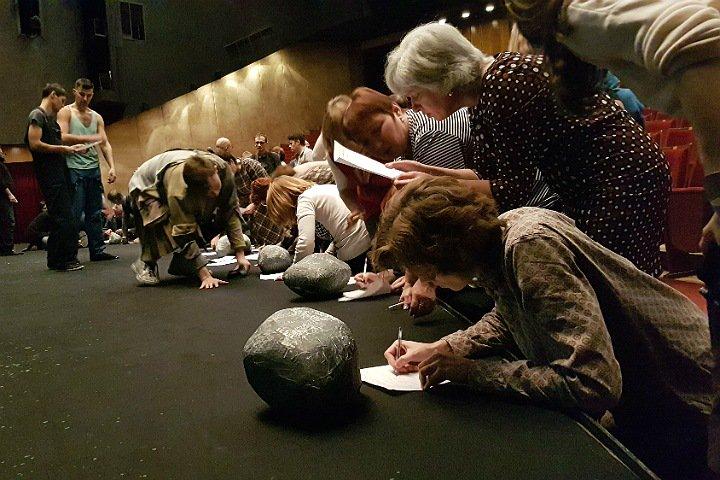 Коллектив новосибирского театра «Глобус» выступил против рейдерского захвата