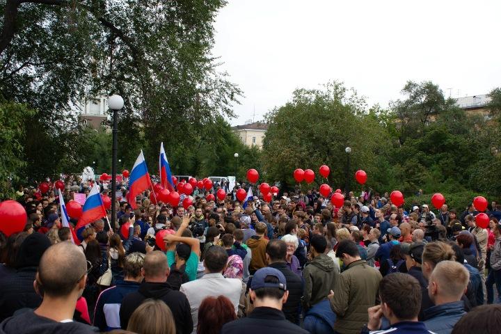 Сторонников Навального задержали по уголовному делу в Красноярске