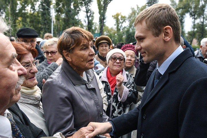 Около 1000 человек заявили о желании работать в новом правительстве Хакасии