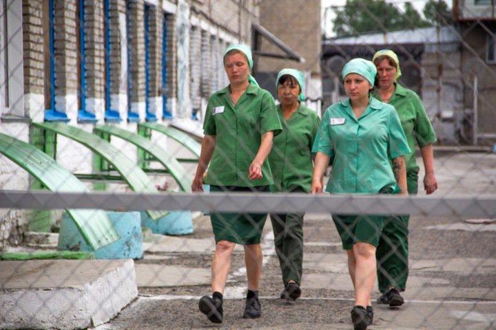 Выходящих из колоний новосибирцев предложили обследовать на ВИЧ. Сейчас их тестируют только «на входе»