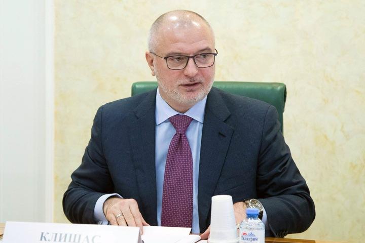 Красноярский сенатор предложил арестовывать за неуважительные тексты о власти