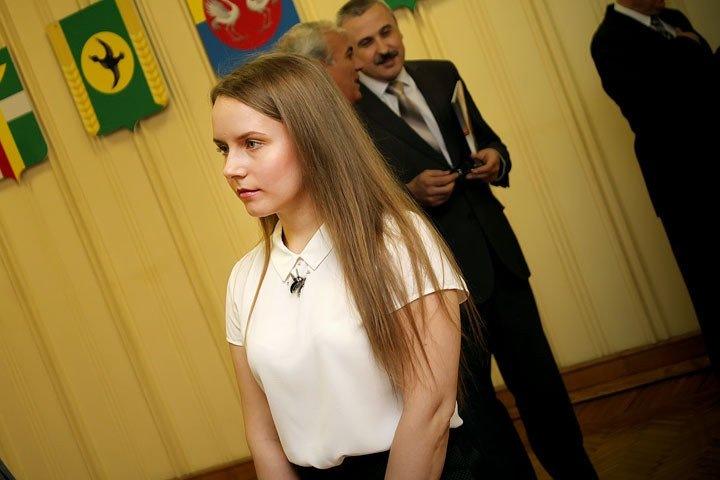 Члены ЛДПР в Новосибирске потребовали выдвинуть Дарью Украинцеву в мэры города