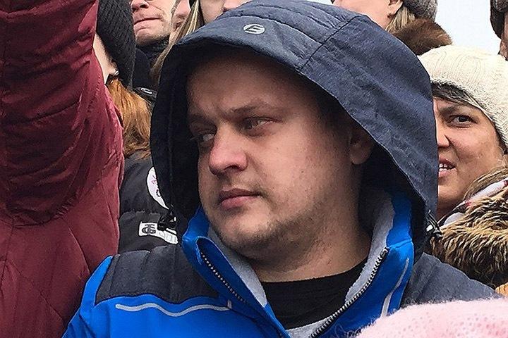 Потерявший семью в «Зимней вишне» Востриков обвинил телевидение в «оправдании пожарных»