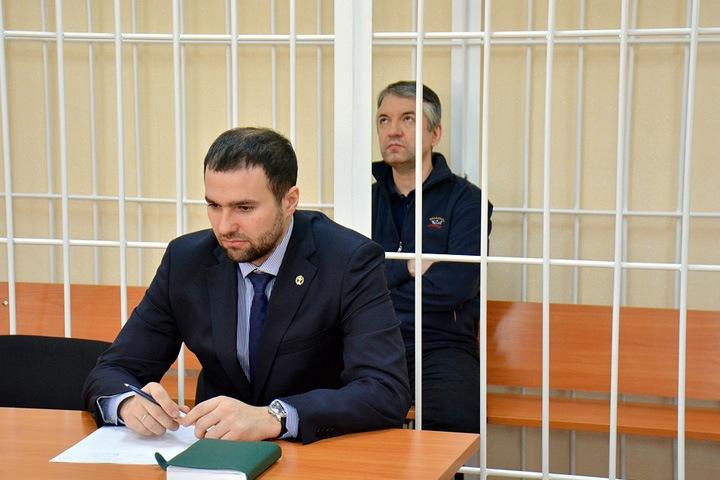 Бывший замглавы Росрезерва по Сибири получил 13 лет колонии и штраф 100 млн рублей