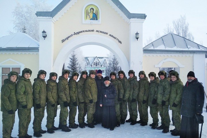 Спецназ ГРУ исповедался в новосибирском монастыре