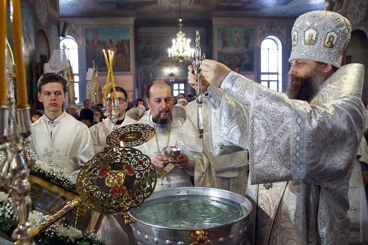 «Приходили, чтобы влезть в нашу душу»: новосибирский митрополит о «Тангейзере», Сталине и дружбе с ханами