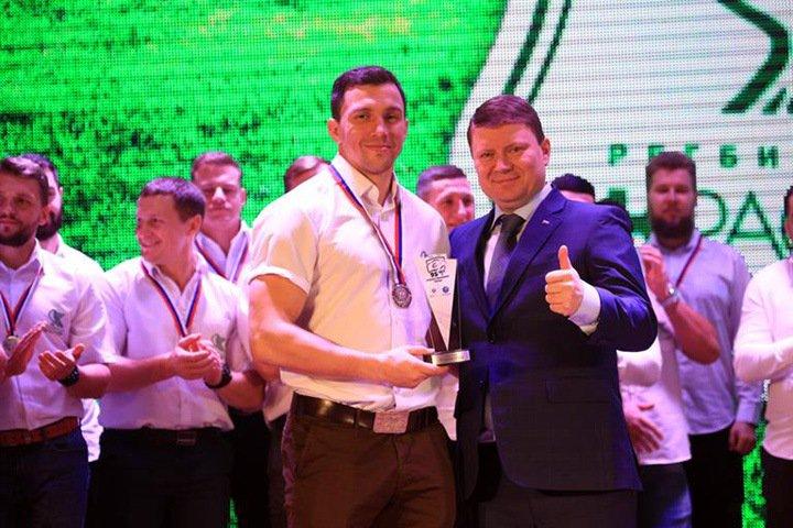 Мэру Красноярска хотят повысить зарплату для «повышения профессионализма»