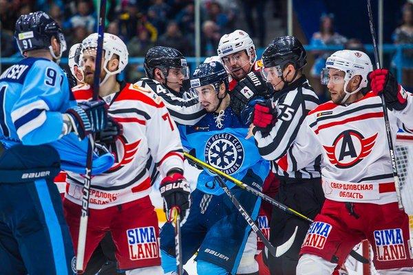 ХК «Сибирь» третий год подряд не попал в плей-офф