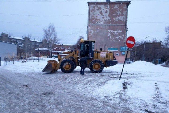 Строители обесточили дома рядом с лицеем №22 в Новосибирске