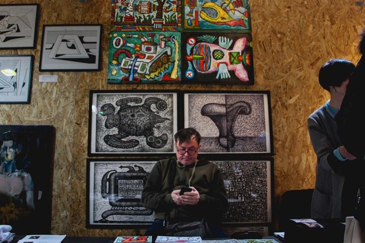 Провокация и крик: как сибирские художники торгуют творчеством без рынка