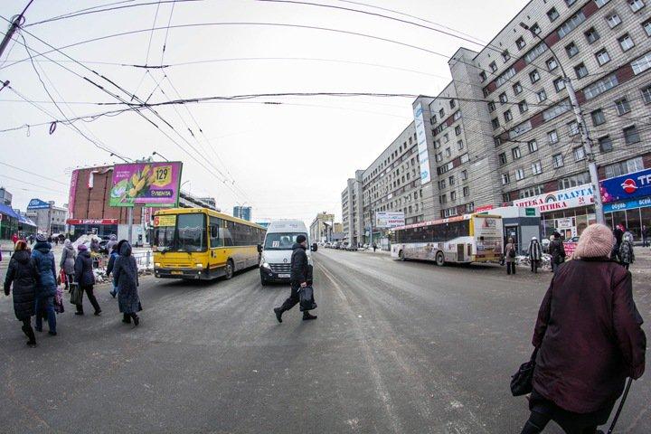 Мэрия Новосибирска отчиталась о «прорыве» в безналичном расчете в транспорте