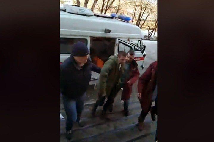 Жительница Приангарья заявила об избиении мужа сотрудниками СК