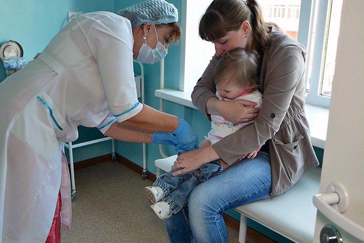 Новосибирская область столкнулась с дефицитом вакцины от кори