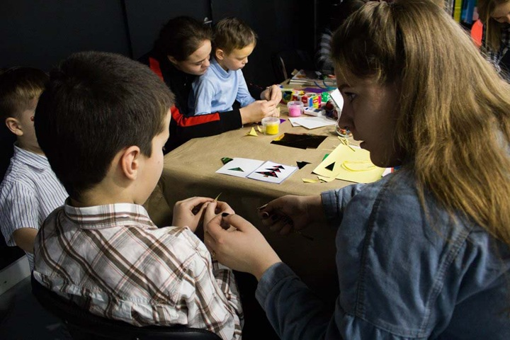 Работы детей с аутизмом выставят на благотворительный аукцион в Новосибирске