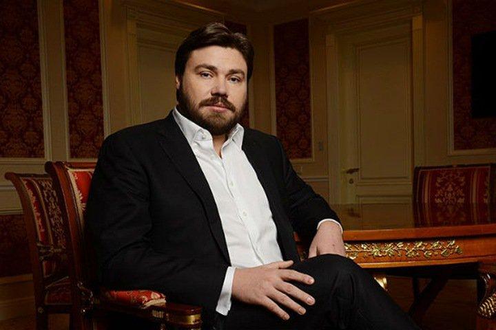 «Настроен антибуржуазно»: глава новосибирской «СР» о вступлении основателя «Царьград ТВ» в партию