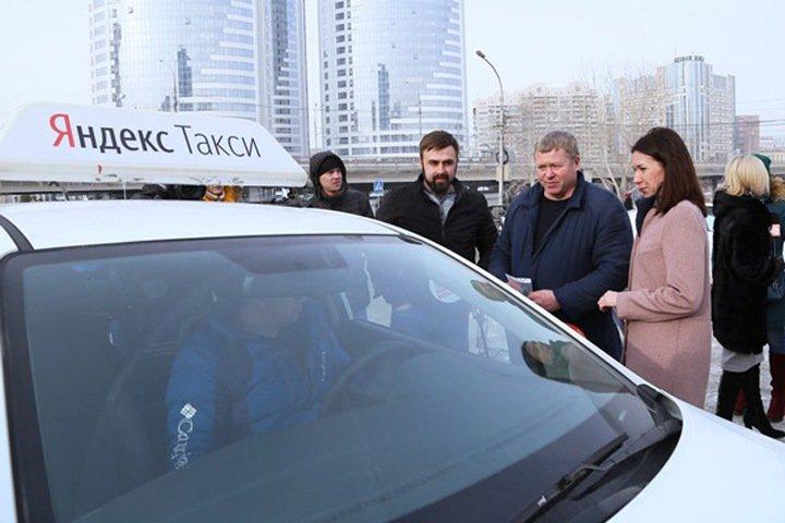 «Единая Россия» не нашла в Новосибирске полностью легальных такси