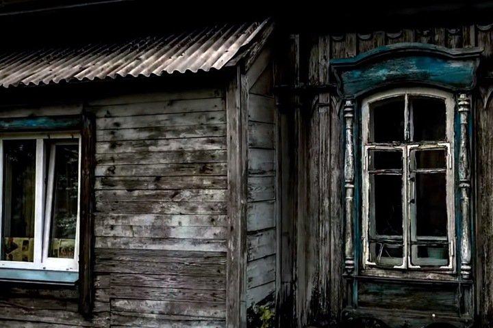 Проданная вместе с домом новосибирская пенсионерка проиграла суд по приватизации квартиры