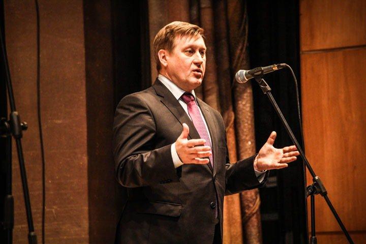 Локоть заявил о выдвижении в мэры Новосибирска