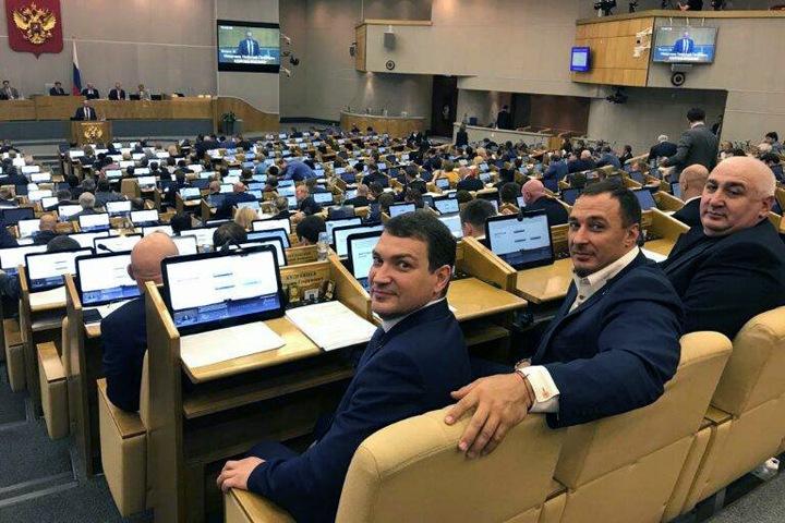 Сибирские единороссы в Госдуме проголосовали за закон об изоляции российского интернета. Список