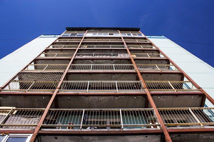Омские сироты получат жилье через 25 лет — Счетная палата