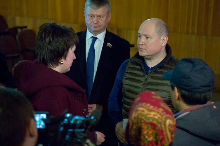 «Назвали коррупционером»: на хакасского главу района завели дело после конфликта с бригадой «России 24»