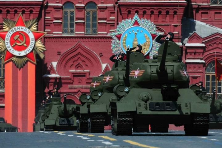 Страна с непредсказуемым прошлым. День Победы как последняя гордость России