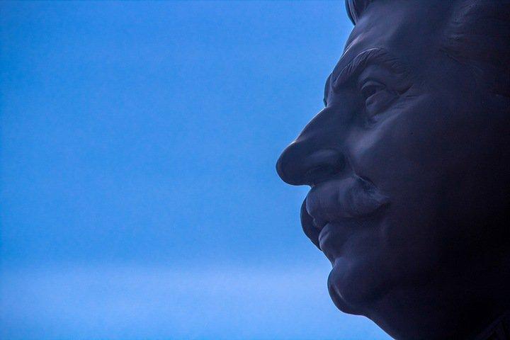 «Это решение народа»: в Новосибирске открыт памятник Сталину