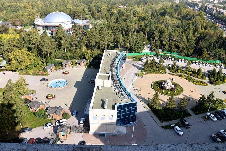 Прокуроры покупают квартиру с видом на новосибирский зоопарк у известного алтайского господрядчика