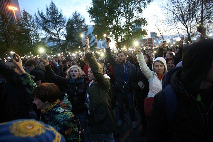 Борьба за Екатеринбург. Самый мощный оппонент власти — стихийный протест