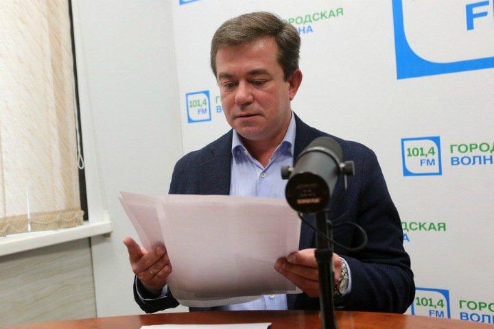 Новосибирские коммунисты попросили сообщать о требованиях подписаться за Локтя