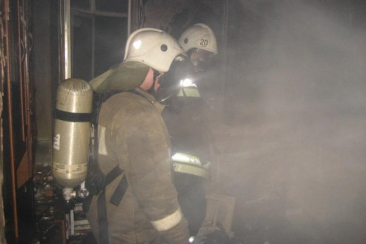 Пожар в «Зимней вишне»: охранники ТРЦ заперли несколько человек в одном из магазинов при возгорании