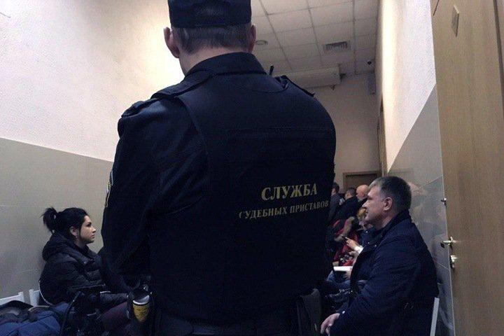 Суд продлил домашний арест замглавы клиники Мешалкина Евгению Покушалову
