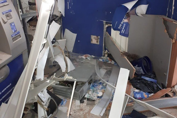 Ущерб от взрыва банкомата в Бийске составил 700 тыс. рублей