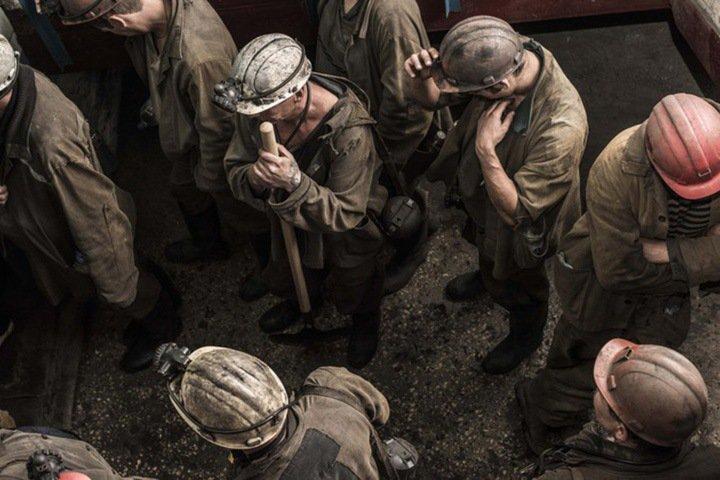 Кузбасские шахтеры жалуются на задержки зарплат