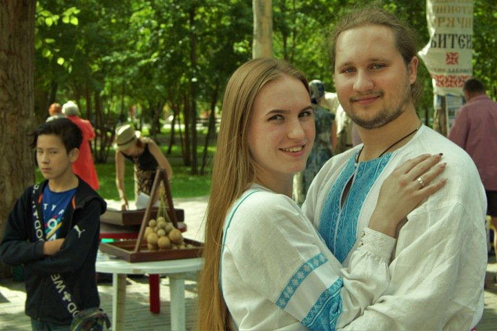 Оргазмические роды и выборы мэра: родовые поместья показали Новосибирску