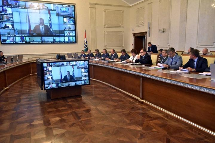 Новосибирское правительство оплатит из бюджета «Центр оценки и развития управленческих компетенций»