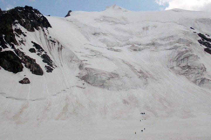 Сын погибшего на Алтае альпиниста рассказал, кто виноват в сходе лавины на Актру