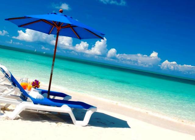 Куда поехать на отдых в октябре?