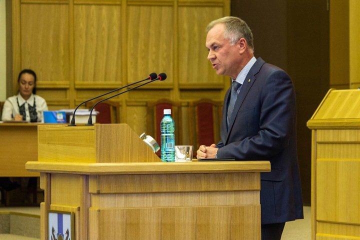 Новосибирский губернатор принял отставку министра культуры