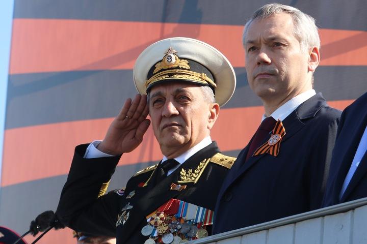 Крымский бизнесмен будет возить сотрудников сибирского полпредства