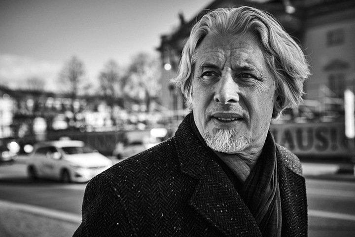 Авторы фильма «Сорокин трип» представят его в новосибирской «Победе»