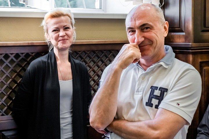 «Бегаю с паяльником, отбираю шахту»: шутки бывших замов Тулеева попали в суд