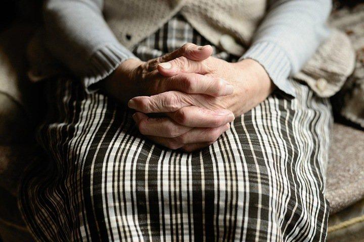 Новосибирским пенсионерам предложили жить на 9,5 тыс. в месяц
