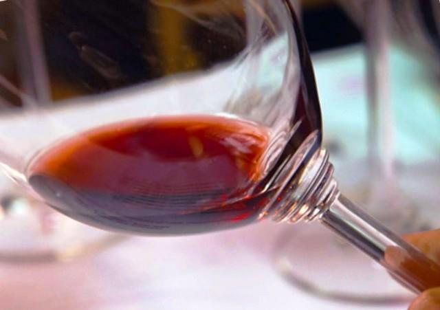 Как определить склонность и первые признаки алкоголизма?