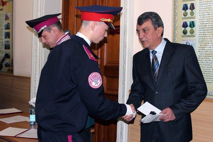 «Куда снаряды поднести»: в новосибирском правительстве обсудили патриотизм кадет