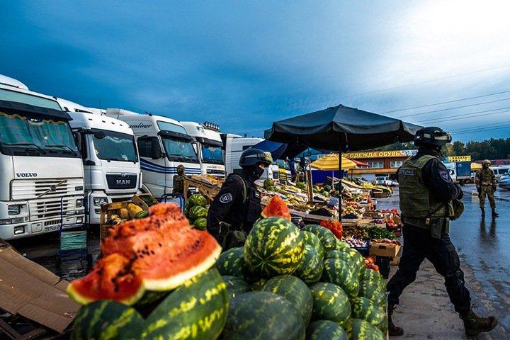 Перестрелка произошла в районе крупнейшего рынка Новосибирска