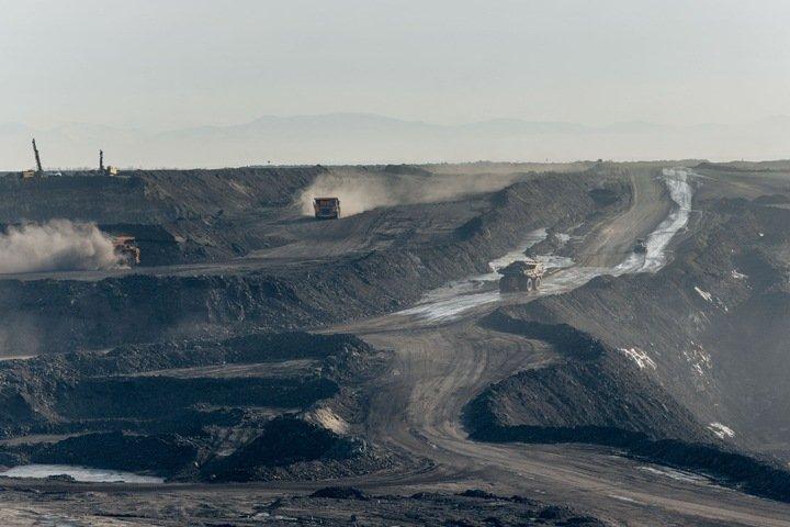 «Территорию по кусочкам выгрызают»: жители Хакасии борются против угольного разреза соседа Сечина