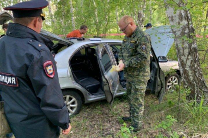 Следователи ищут свидетелей убийства семьи в Омской области